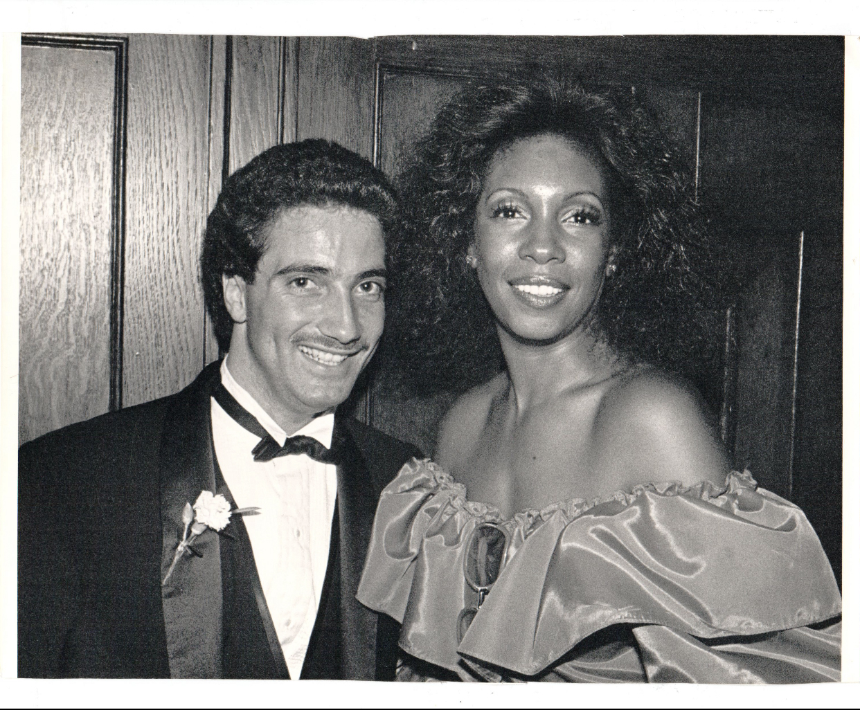 MARY WILSON (MEETING JAY IN 1982)
