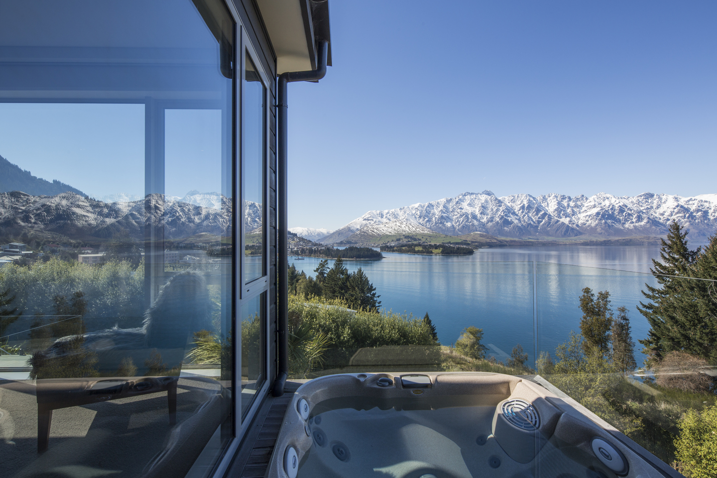 Mabey Ski_New Zealand_Queenstown_Touch of Spice_The Views 60.jpg