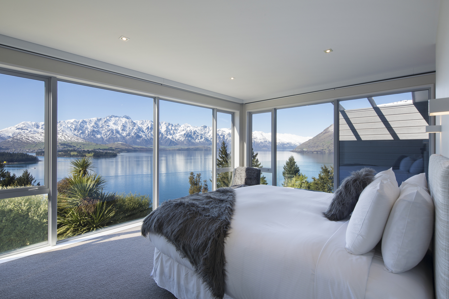Mabey Ski_New Zealand_Queenstown_Touch of Spice_The Views 62.jpg