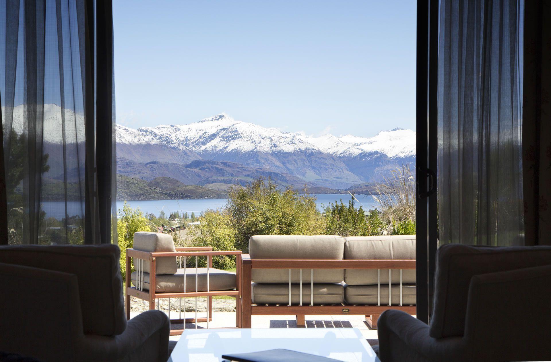 Mabey Ski_New Zealand_Wanaka_Tin Tub Lodge (6).jpg