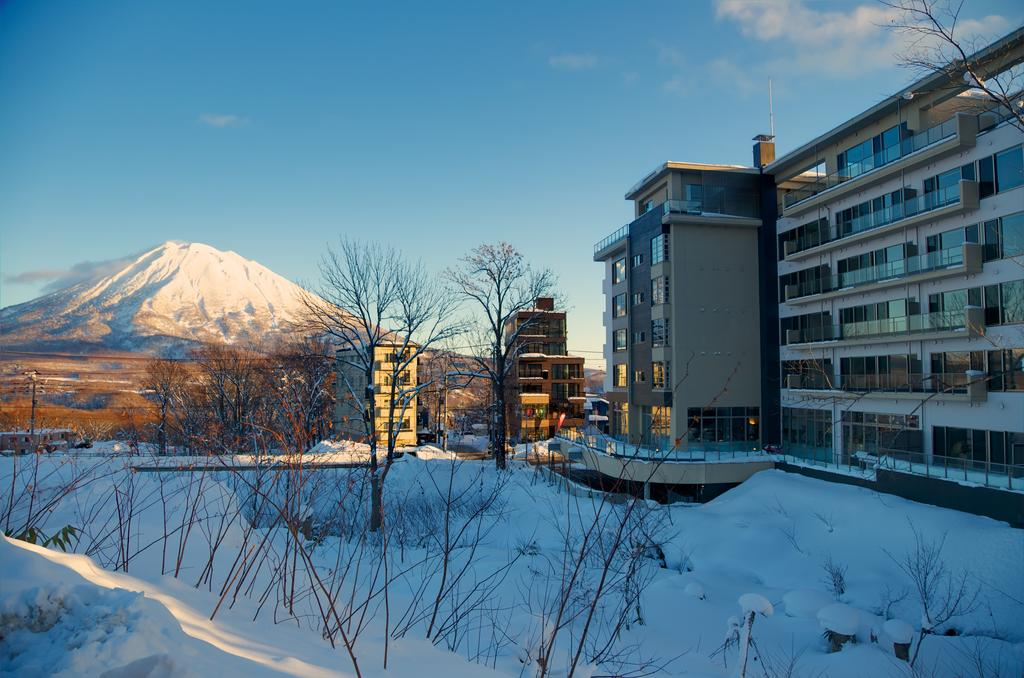 Mabey Ski_Japan_Niseko_Hyatt House (10).jpg