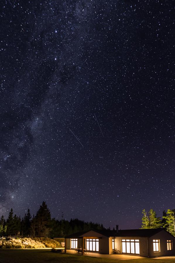 Mabey Ski_New Zealand_Mt Cook_Mt Cook Lakeside Retreat_Ashley Mackenzi 26.jpg