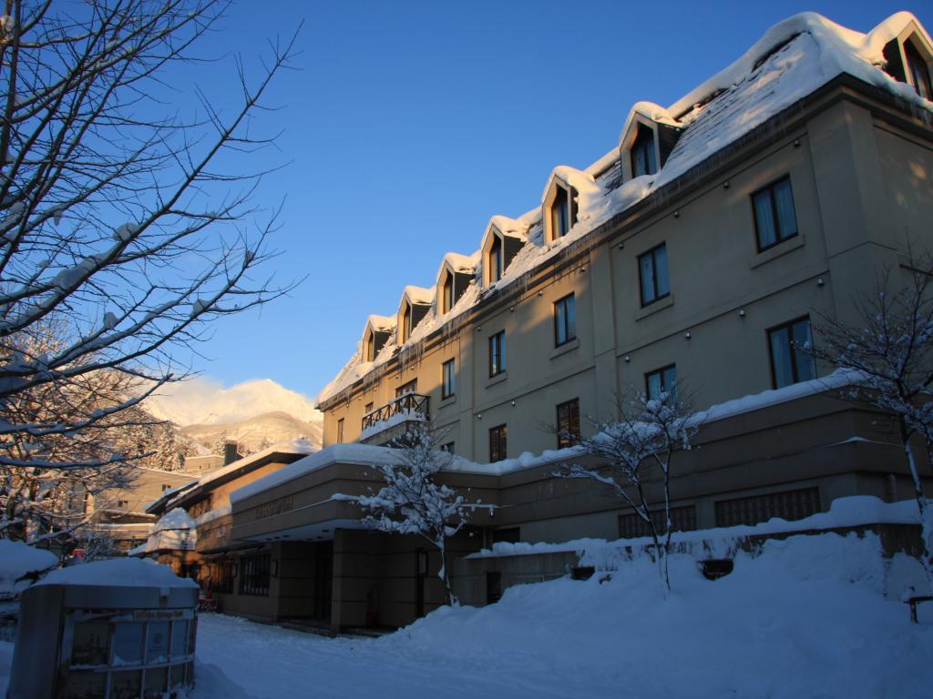 hakuba-springs-hotel-45964-crop.jpg