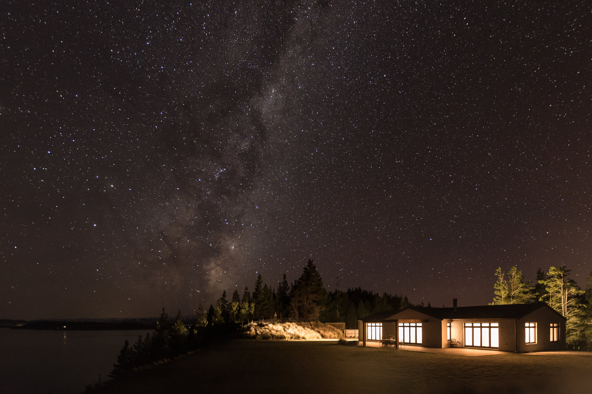 Mabey Ski_New Zealand_Mt Cook_Mt Cook Lakeside Retreat_Pukaki Observatory&Wine Cella (27).jpg