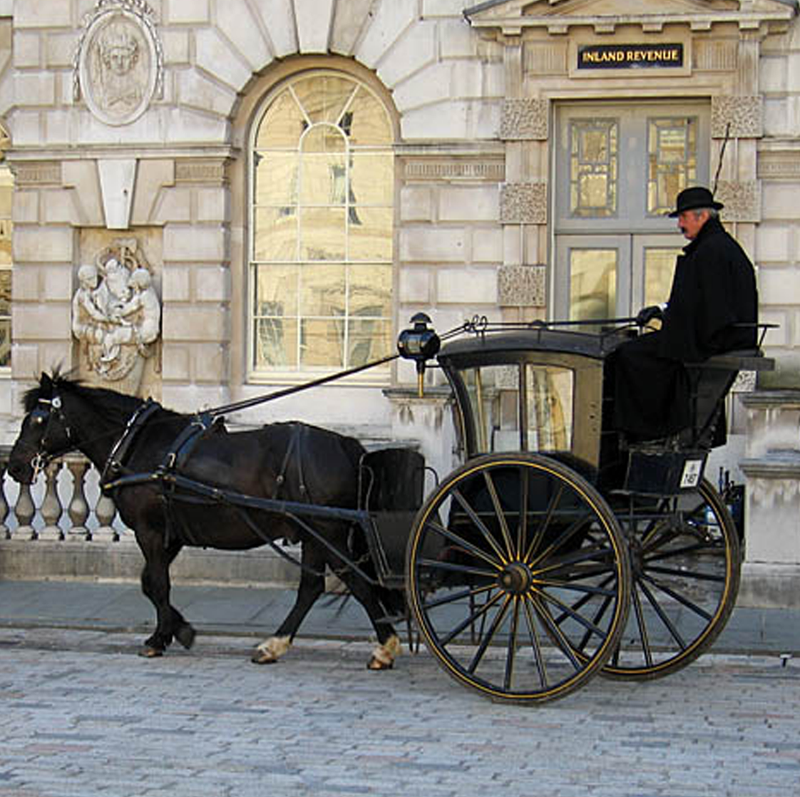 An example of a Hansom Cab.   Photo by Andrew Dunn - English Wikipedia