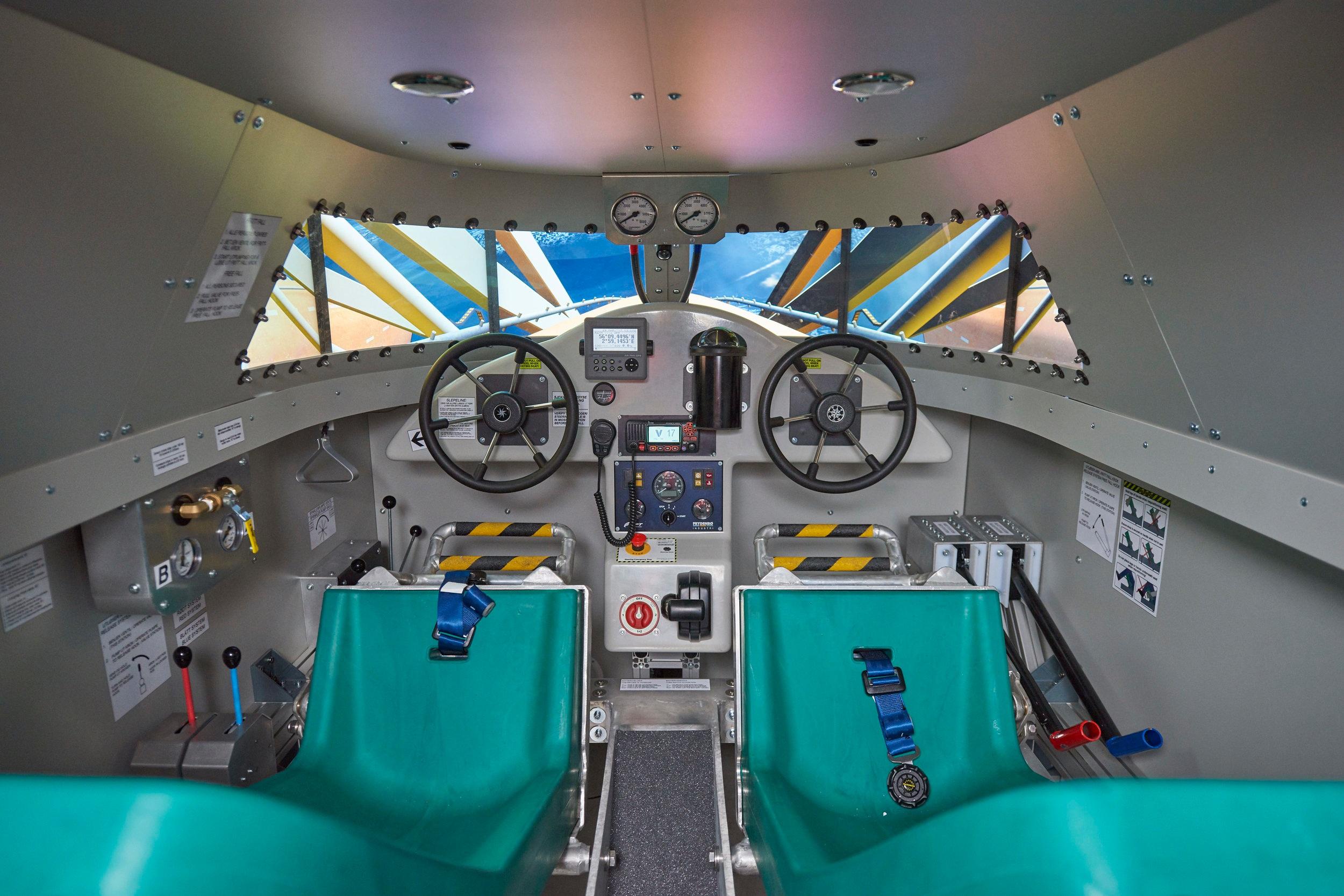 Freefall Lifeboat Simulator