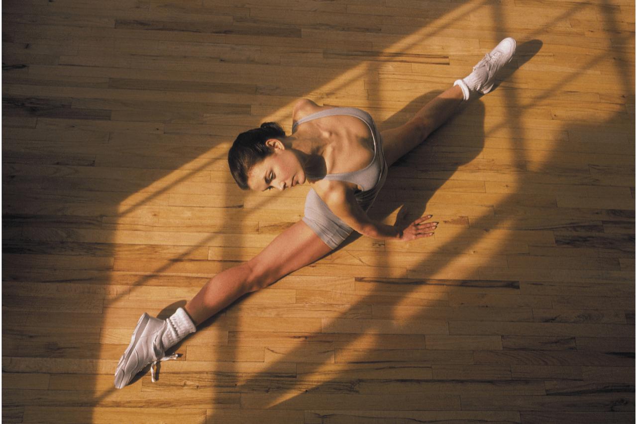 Stretching - Ćwiczenia oddechowe, rozluźniające, rozciągające oraz wzmacniające, wykorzystujące proste pozycje jogi, elementy pilatesu oraz zajęć zdrowy kręgosłup. To zajęcia skierowane dla każdego, bez względu na wiek oraz tryb życia.
