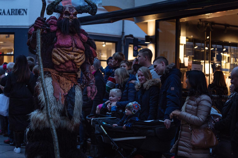 DK-Halloween-9.jpg