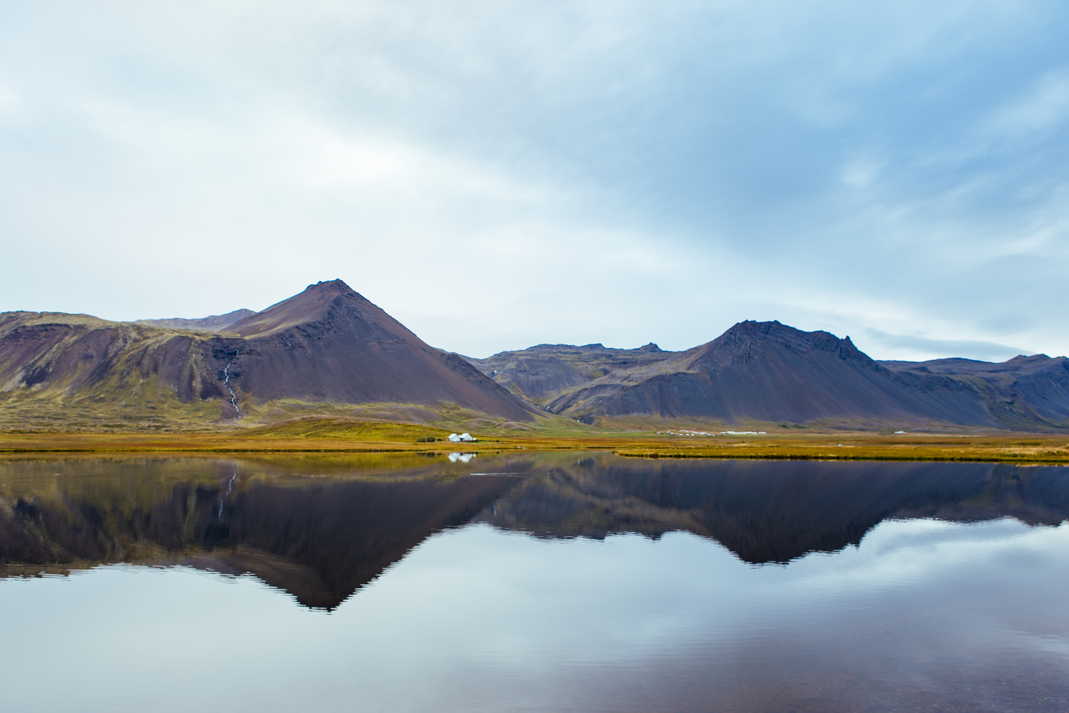Touring-Iceland-20a.jpg