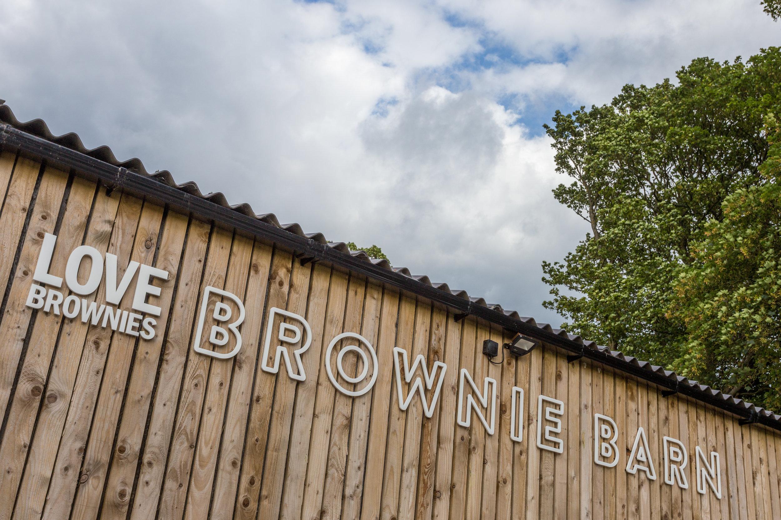 Love Brownies - Barn - 8.jpg