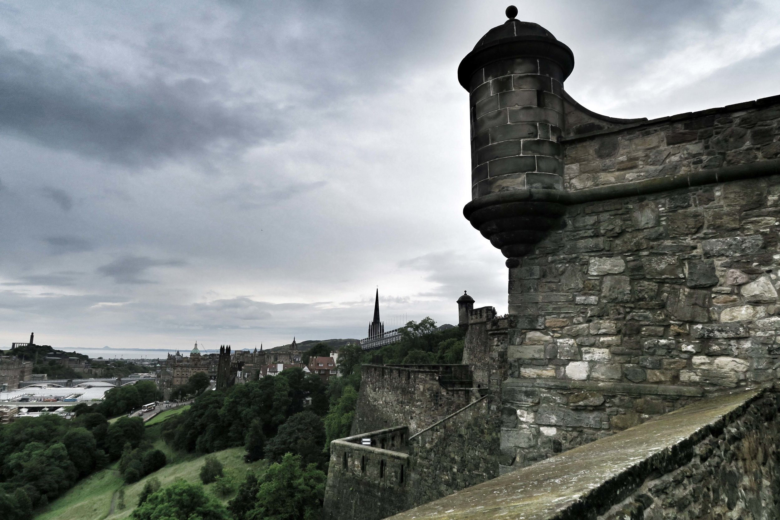 Edinburgh (196)