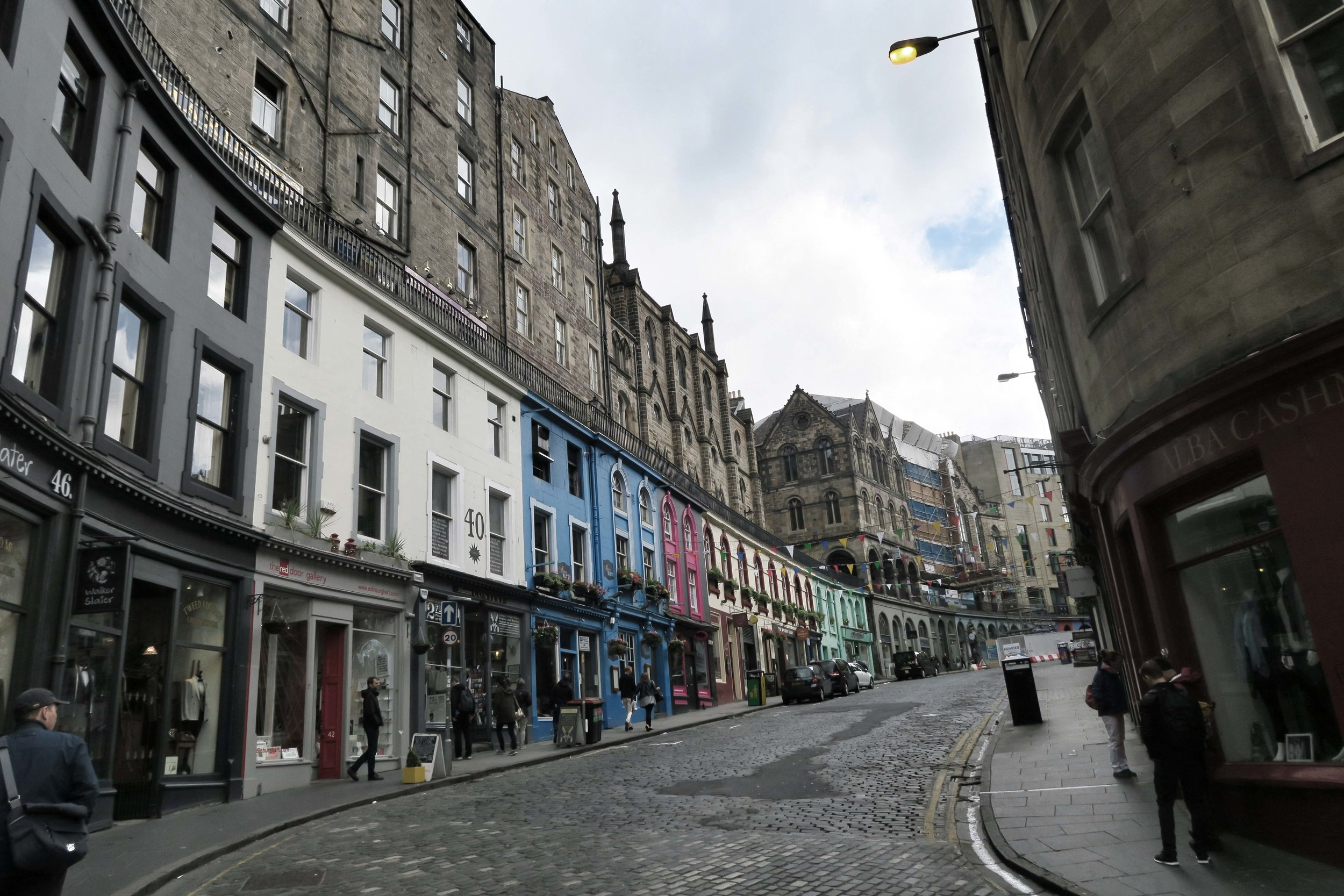Edinburgh (261)