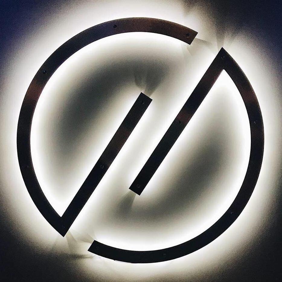 Hi Lo Logo 2.jpg