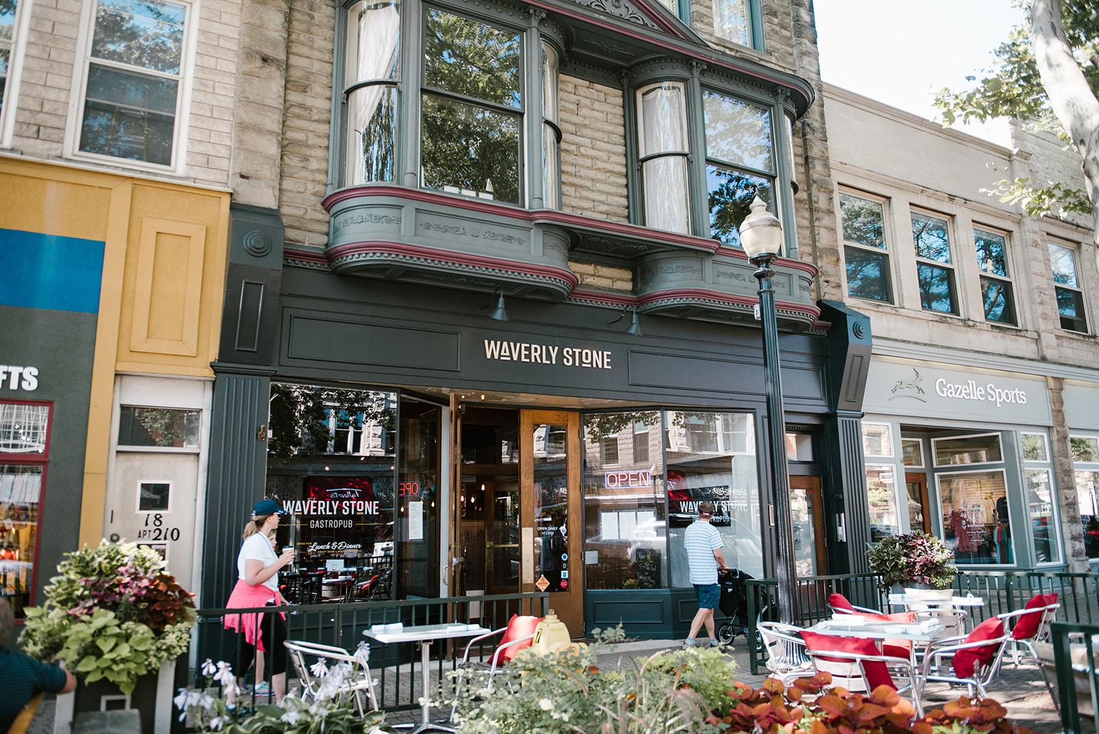 patio-outdoor-restaurant-waverly-stone