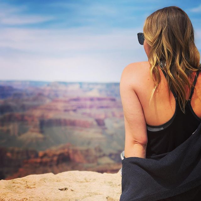 No words for this view. Pictures don't even do it justice! Let's go back @felyirvine 🌎  #sevennaturalwondersoftheworld #grandcanyon #worktrip