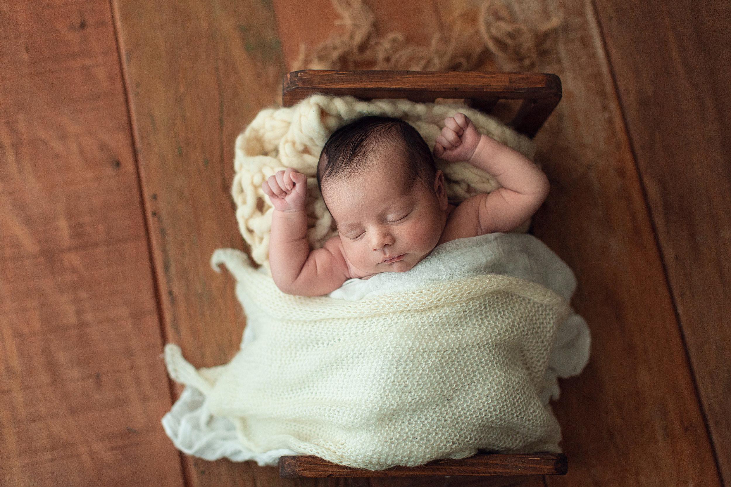 ensaio-newborn-rio-de-janeiro-rj-barra-da-tijuca-zona-sul-recem-nascido-bebe-em-casa-estudio-workshop-7