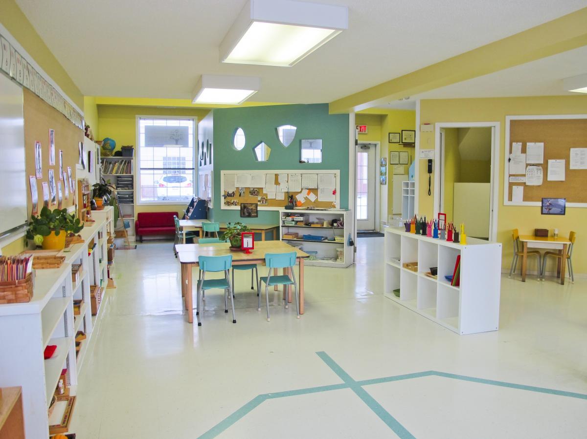 Crestwood_Montessori-Room-Front-2.jpg
