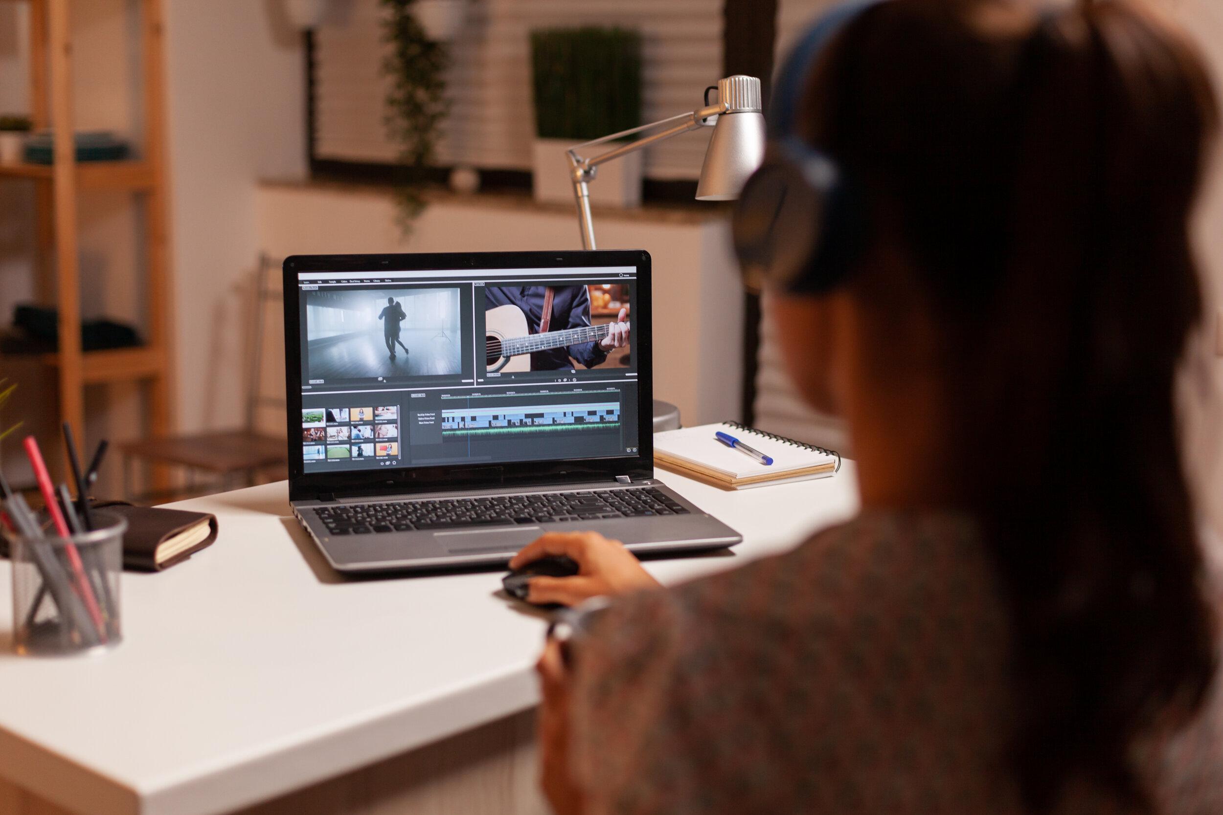 filmmaker-editing-video-footage-5VX7ALY.JPG