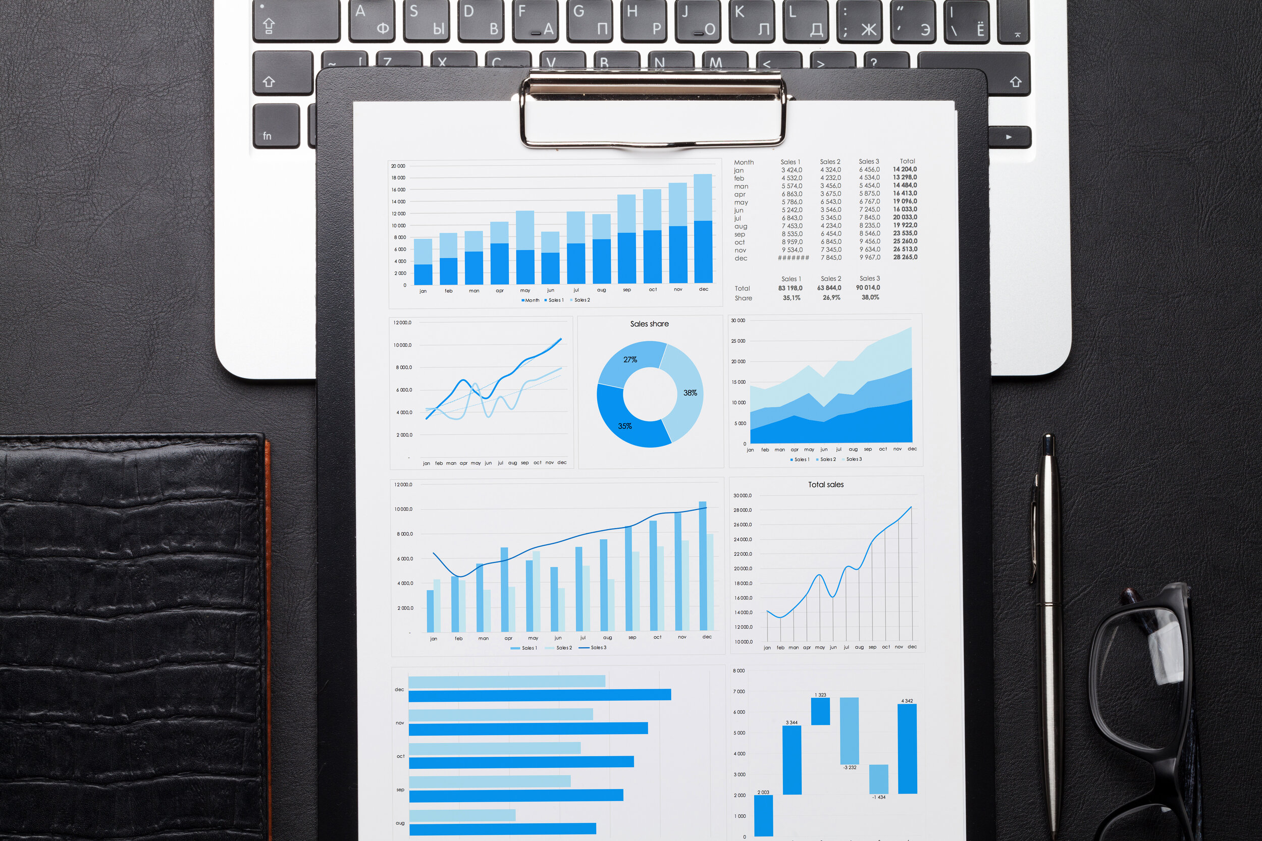 office-workplace-table-with-charts-86CUWDT.jpg