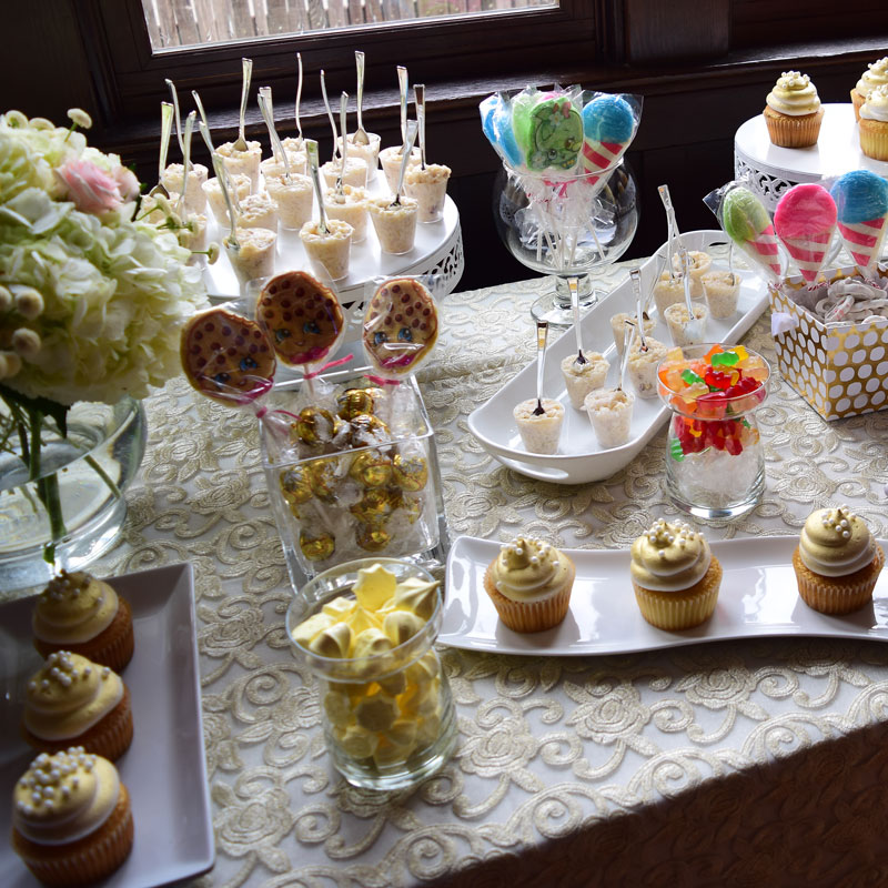 Sweets-table_opt.jpg
