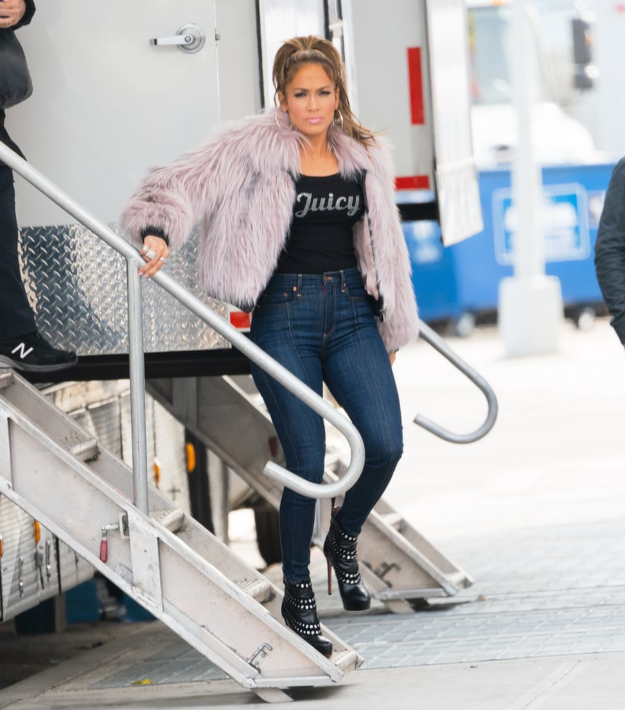 Jennifer-Lopez-Juicy-Couture-Hustlers-Set-2019.jpg