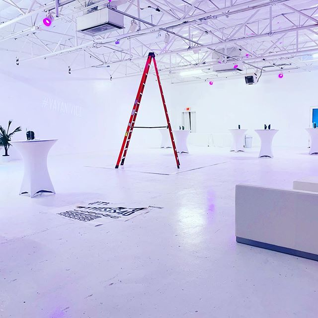 We can turn this place into anything you can imagine!! Offering custom rentals, vinyl branding of venue, any lighting you can think of.  Contact us for more info.  #dallasevents #events #dallas #designdistrict #white #birthday #parties
