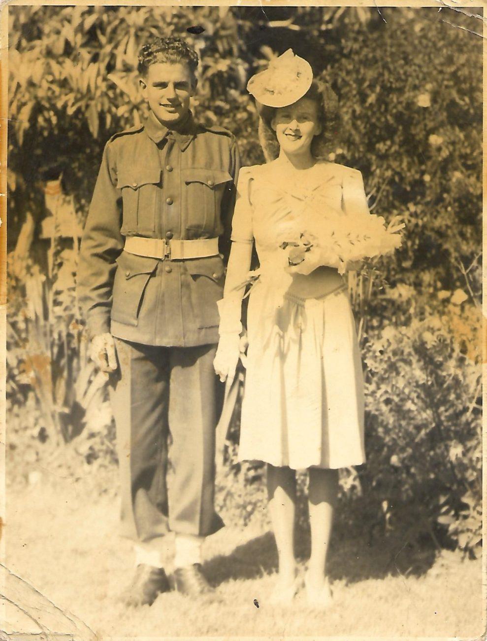 Harry Baldwin & Mollie Sheppard on their wedding day (27/09/1940?)