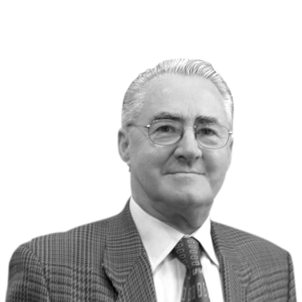 Clive-Moberley - Team.jpg