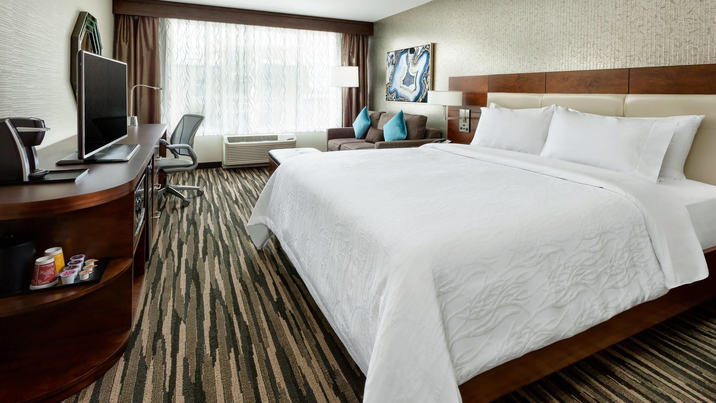 King Bedroom at Hilton Garden Inn, Palo Alto