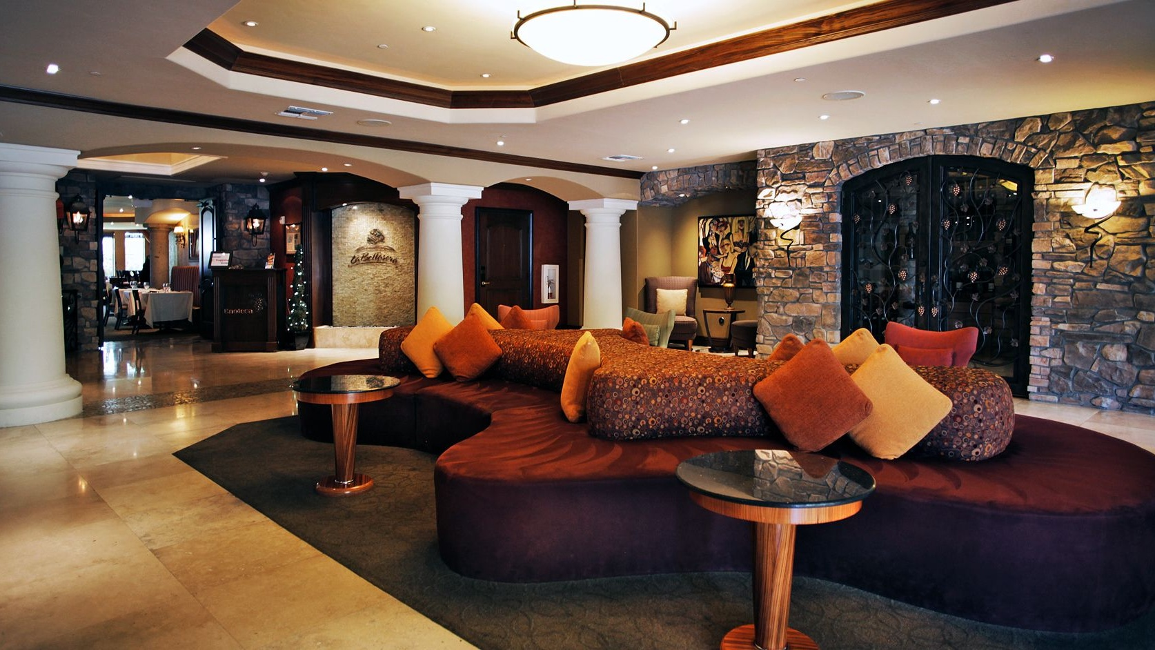 Lounge of La Bellasera Hotel & Suites, Paso Robles
