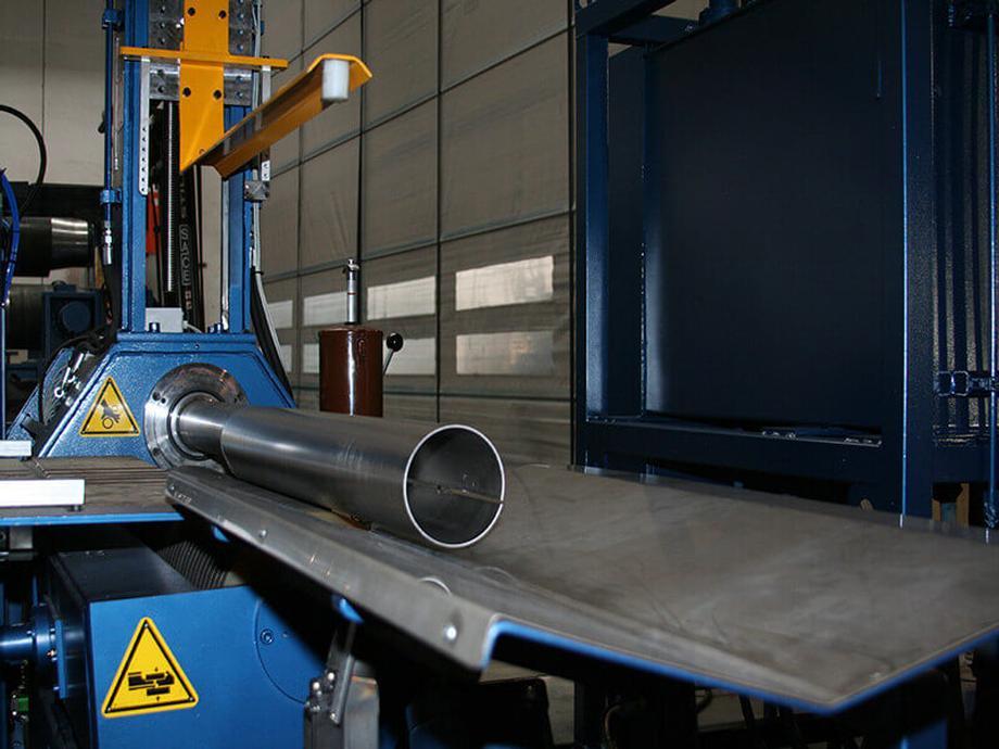 lg_8D81A83B-plate_rolls_pipe.jpg