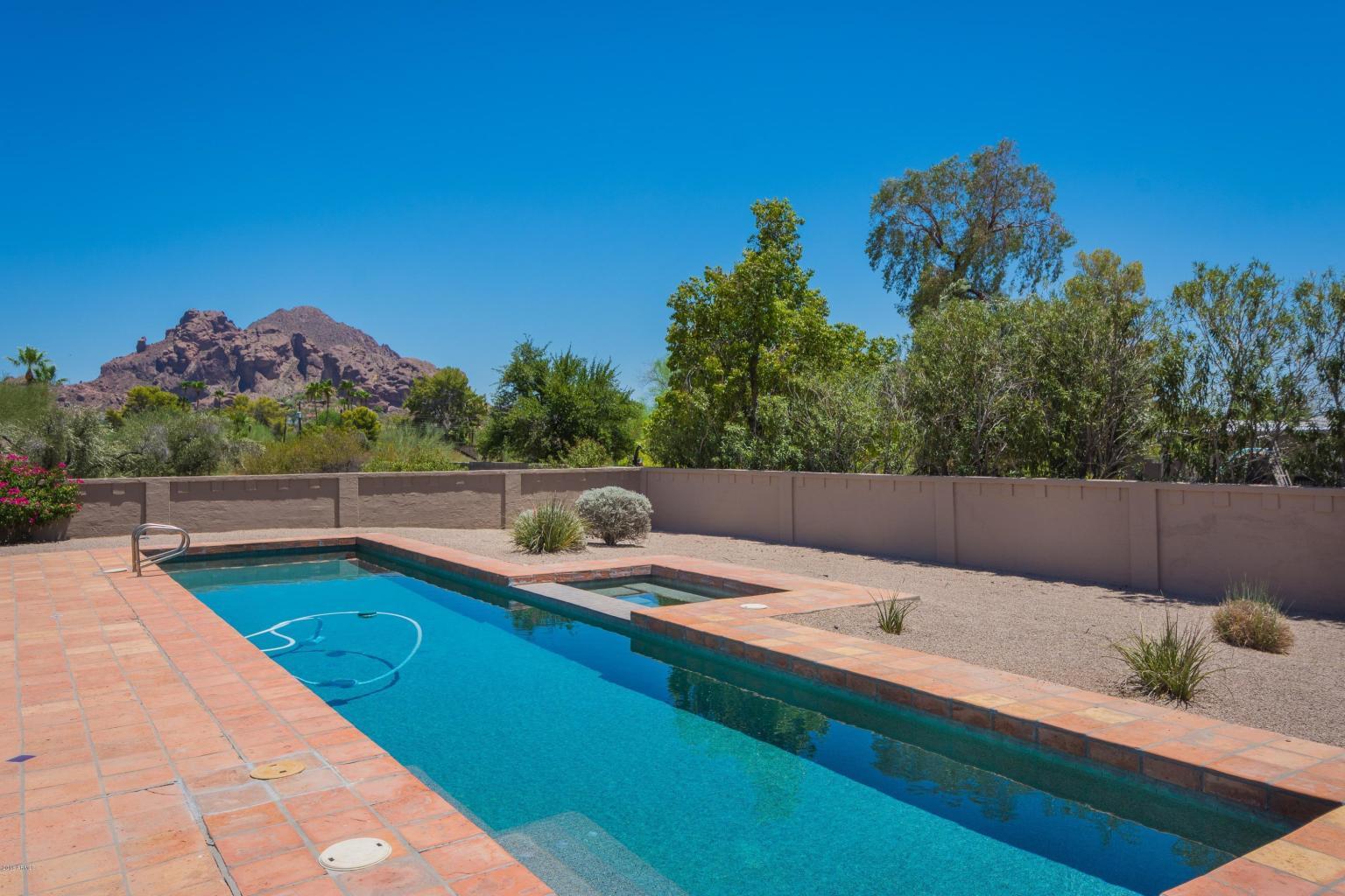 3933 E Rancho Dr, Paradise Valley | $1,020,000