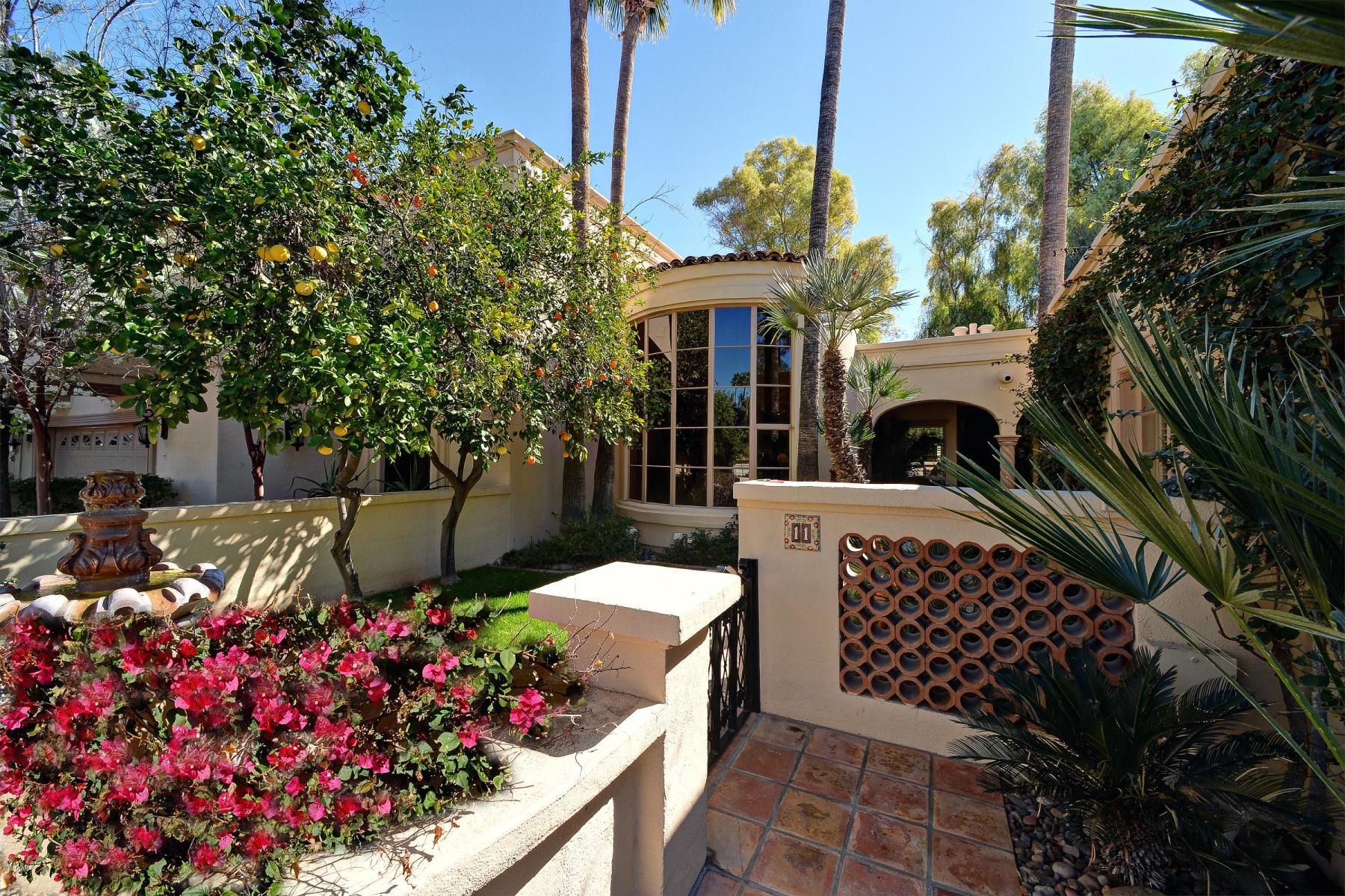 7500 E McCormick Pkwy 11, Scottsdale | $725,000