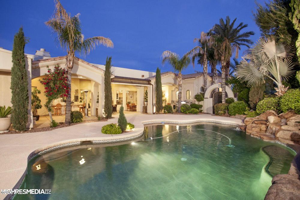 7241 N 71st Pl, Paradise Valley | $2,230,000