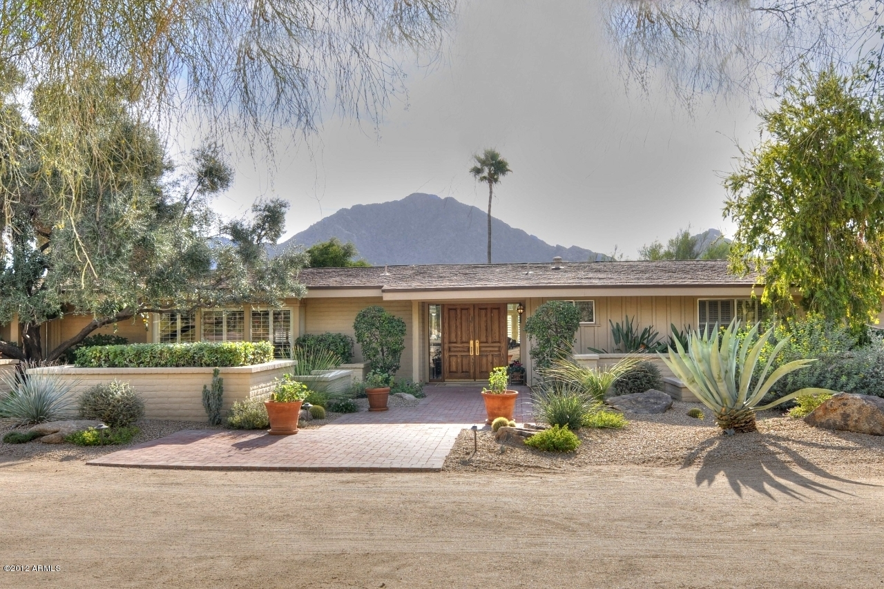 5915 E Redwing Rd, Paradise Valley | $910,000