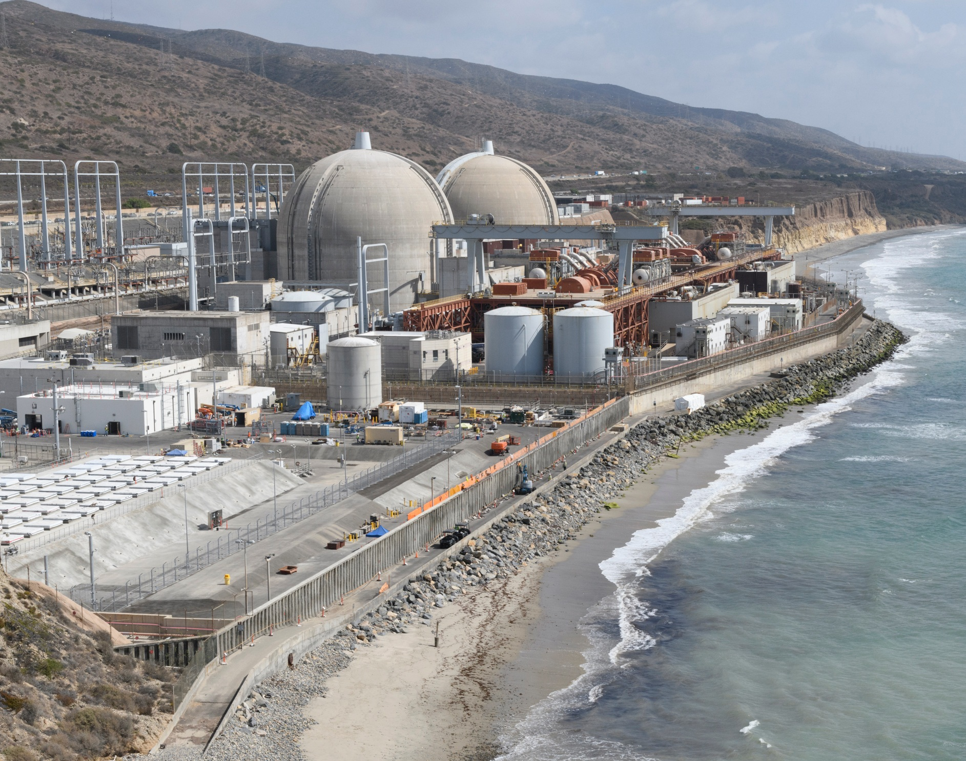 San Onofre is on the coast between San Diego and Los Angeles