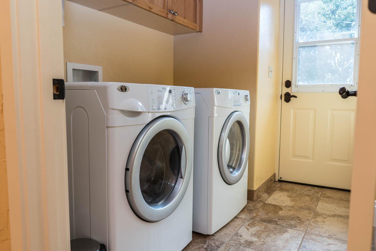 WisdomRetreat-laundry-A7-12.jpg