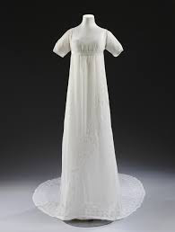White muslin dress worn by Mary Dalton Norcliffe, 1807 © V&A Collection