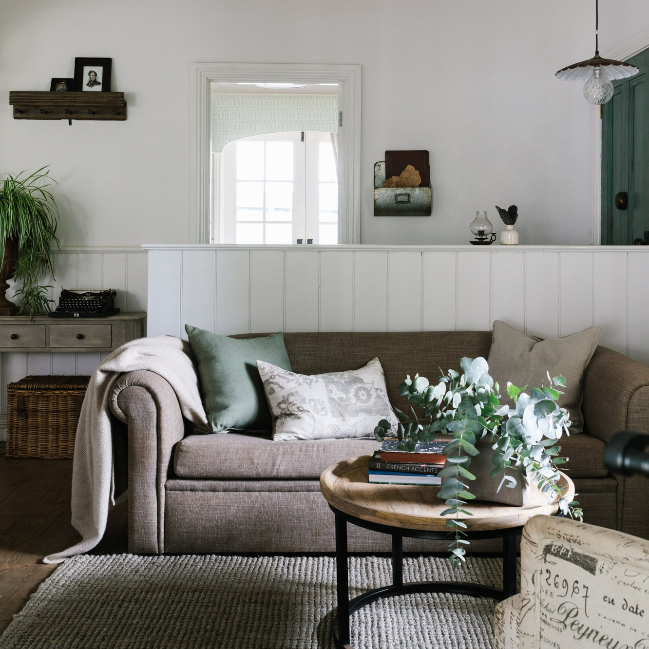 Acre+of+Roses_interiors_low+res-26.jpg