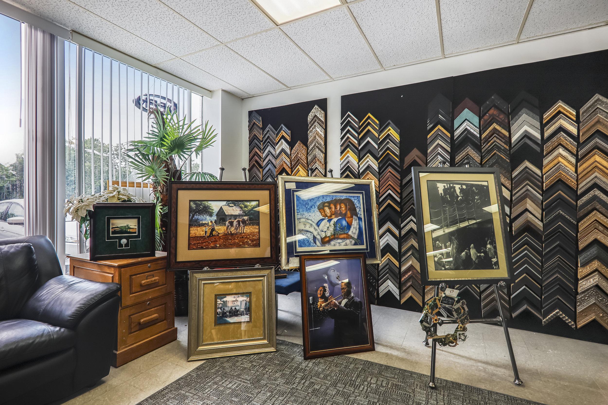 Interiors-Showroom-MG1962.JPG