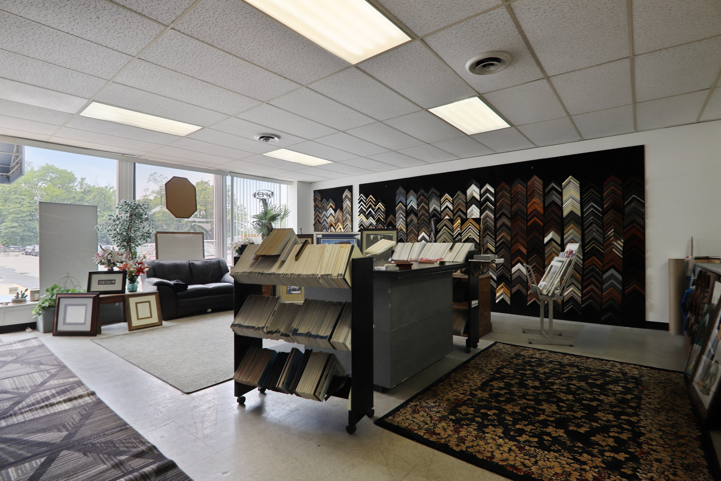 Interiors-Front Room-MG2052.JPG
