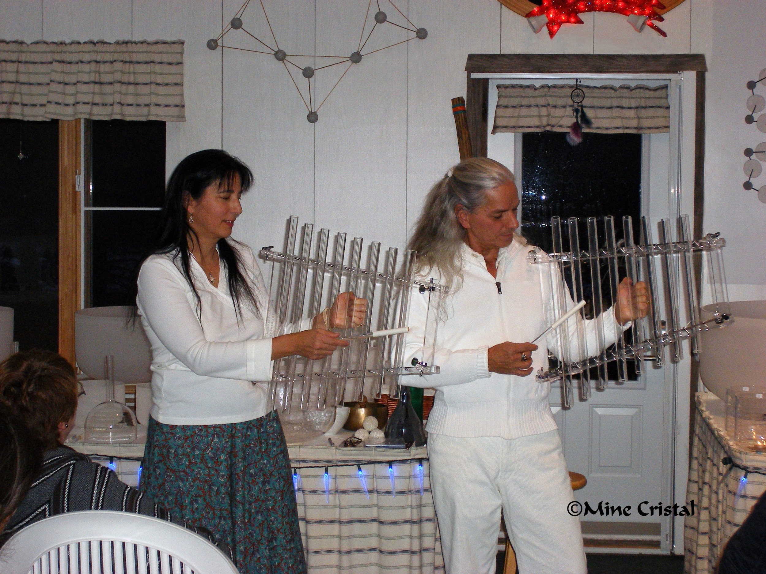 The Normands introduced their new   Quartzophone   instruments for the first time in 2011, at a   Sonomeditation  ™ concert. These instruments create waves of harmonious, cristalline vibrations, bringing peace and well-being to all who experience them!