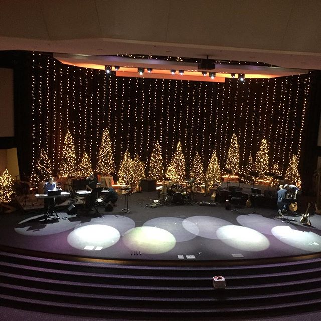 Christmas Groove starts tonight! Grace Church in Middleburg Heights at 7pm!🎄