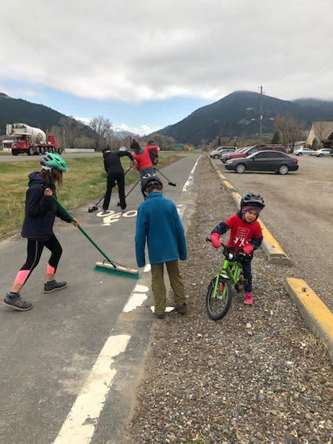 Trail Clean Up.jpg