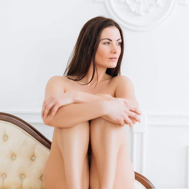 ♣️ @_kianasabo_ soon on Gosh Club new website 🙌📷 ⠀ .⠀ .⠀ .⠀ #art #nude #nudephotography #photoart #onlineart #nudephotography #eroticart #erotica #artist #fineartphotography #girls #woman #adult #eroticphotography #erotic #nsfw #topless #sensual #hot #photoshoot #shooting #instagood #serie #censored #freenipples #model #beauty #sexy #glamour #body⠀
