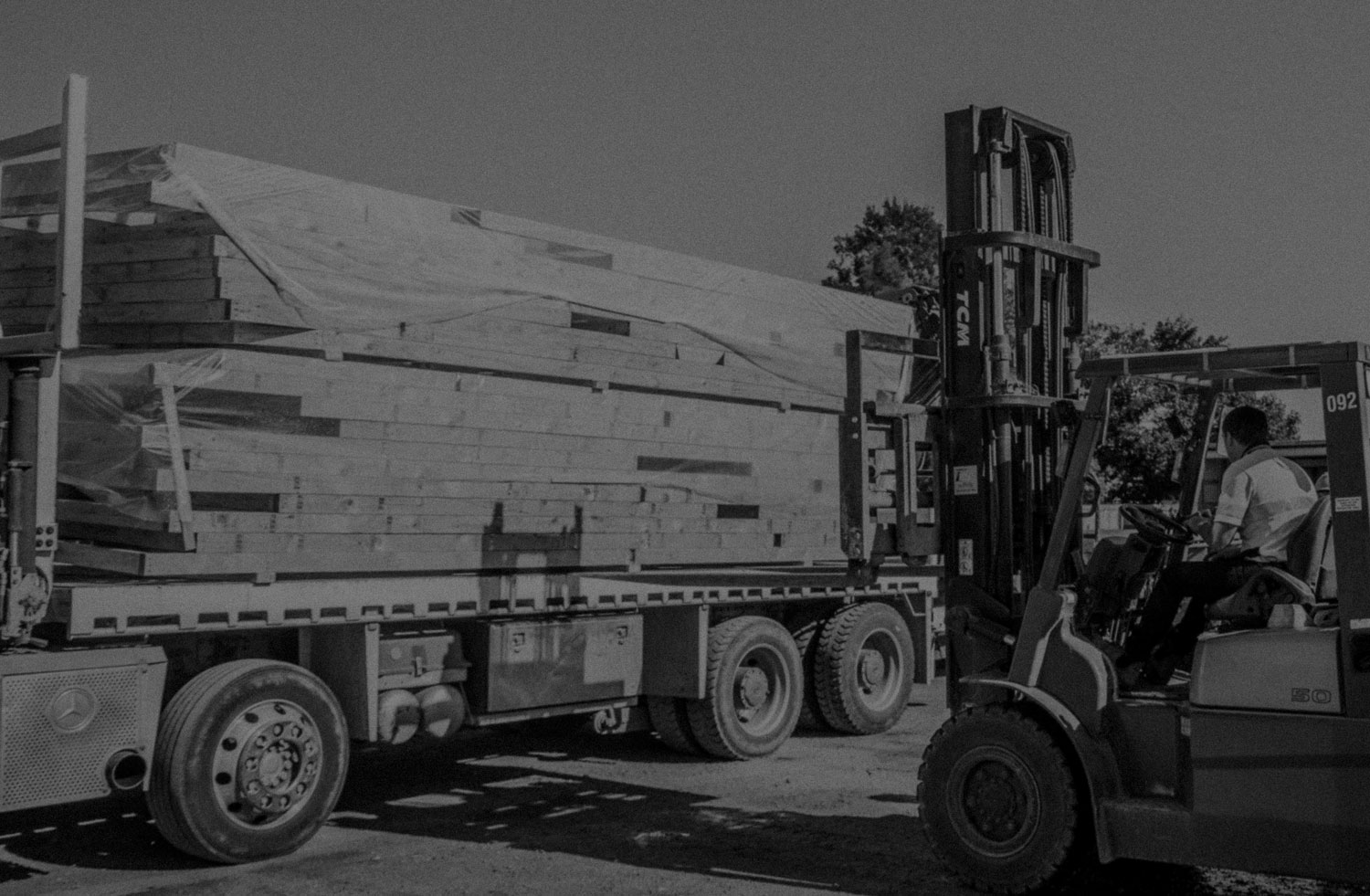 2017 - 2017 also saw the end of Taranaki Prenail and Truss when Rohan and Jonathan rebranded the business to Titan Precut. By this time the business had two trucks delivering pre-nailed frames and trusses from Manawatu to Waikato.