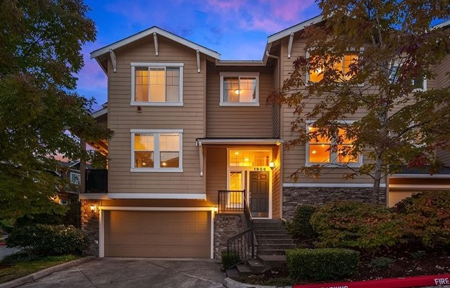Represented Listing | Issaquah, WA | SOLD for $704,000