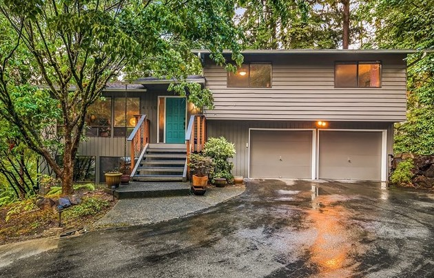 Represented Listing | Bellevue, WA | SOLD for $828,000