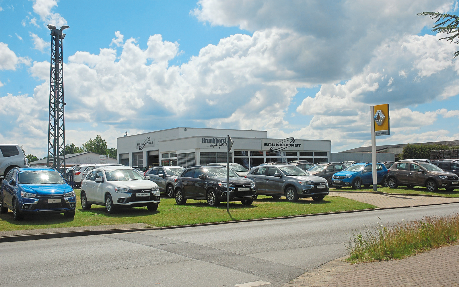 Das Autohaus Brunkhorst bietet ständig eine große Auswahl an Neu- und Gebrauchtfahrzeugen.