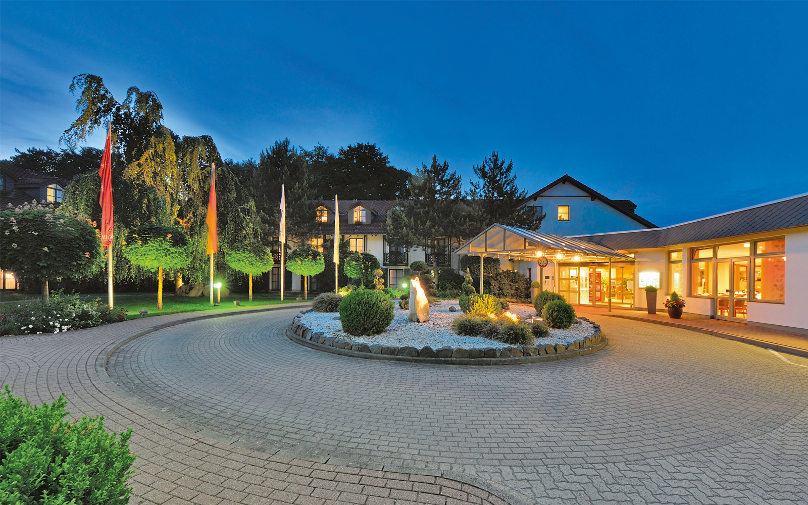 Ein eigener Stil, hoher Anspruch an den Umgang mit den Gästen und eine ausgezeichnete Küche kennzeichnen das Landhotel Schnuck.
